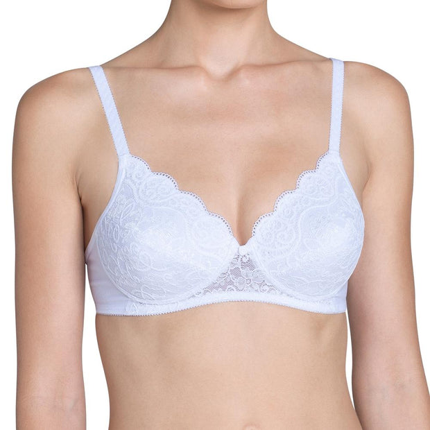 Triumph Amourette 300P Bra White - Ideal For Small Busts