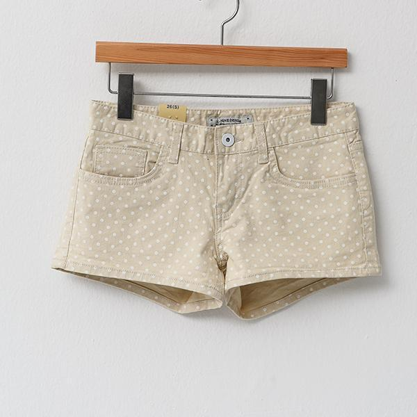 Heraposh  Bottoms Small / Cream Megan Dotted Shorts HP-B000002