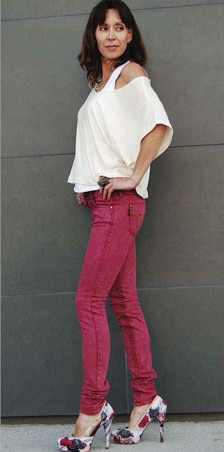 Color Skinny Jean's, Color Denim (Red Plum Color Skinny Fit Jean's)