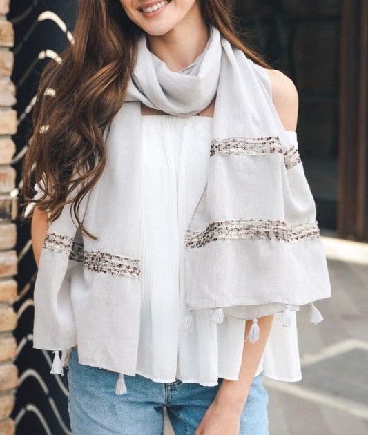 Boho Detailed Stitch Scarf With Tassels