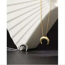 Load image into Gallery viewer, Luxe Mini Moon Necklace