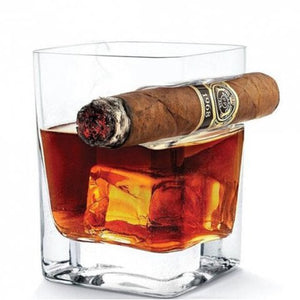 Creative Whisky Wine Cup with Cigar Holding Groove