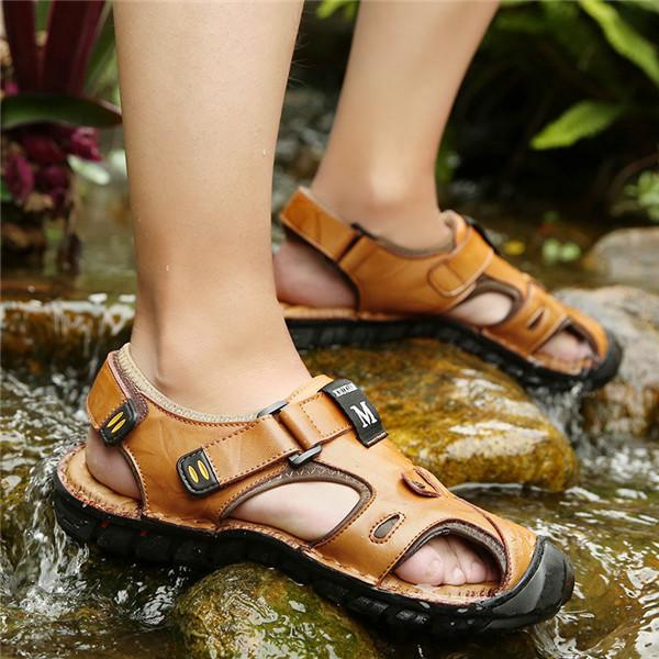 Men Hook Loop Anti-collision Toe Outdoor Slip Resistant Leather Sandals