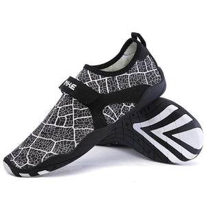 Big Size Men Sports Upstream Shoes Printed Breathable Beach Shoes Flats