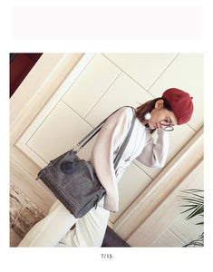 Modern women retro travel bag fashion pillow case for women crossbody shoulder resistant big messenger hanfbags
