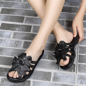 Flower Strappy Peep Toe Soft Leather Slippers