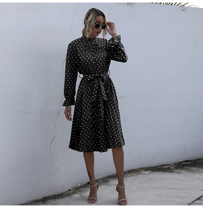 Mad about Dots Midi Dress - M-XL - 2 Colors