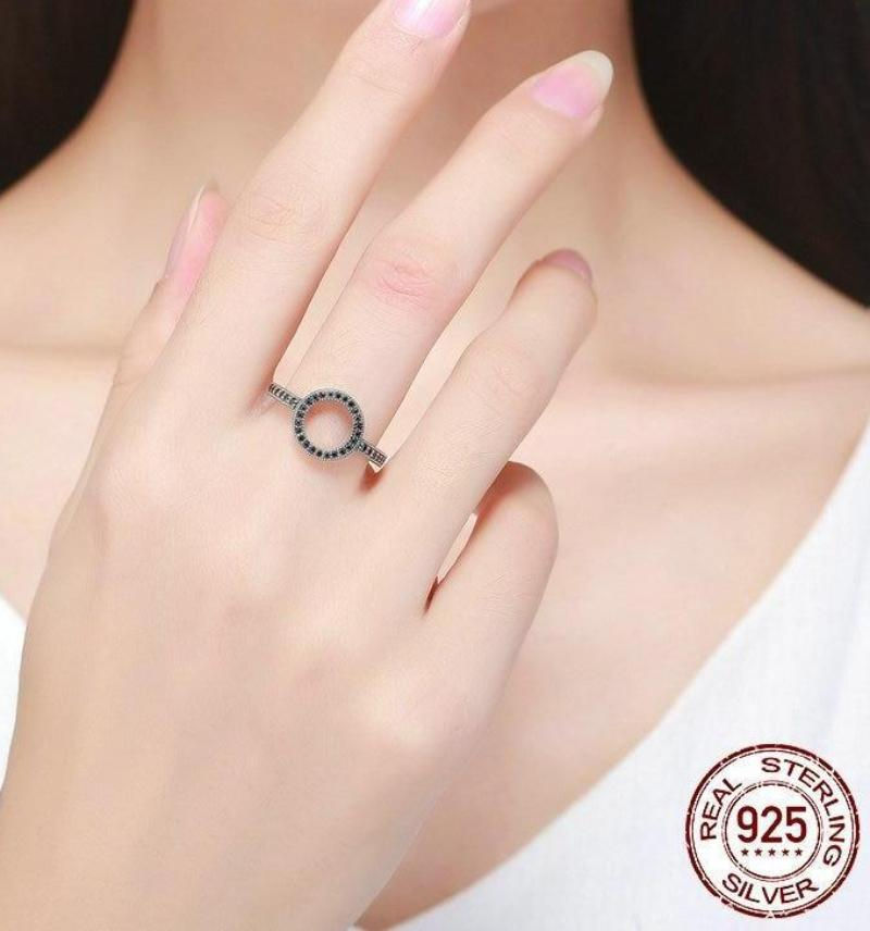 Full Circle Ring - .925 Sterling Silver Sizes: 6-9, 2 Colors
