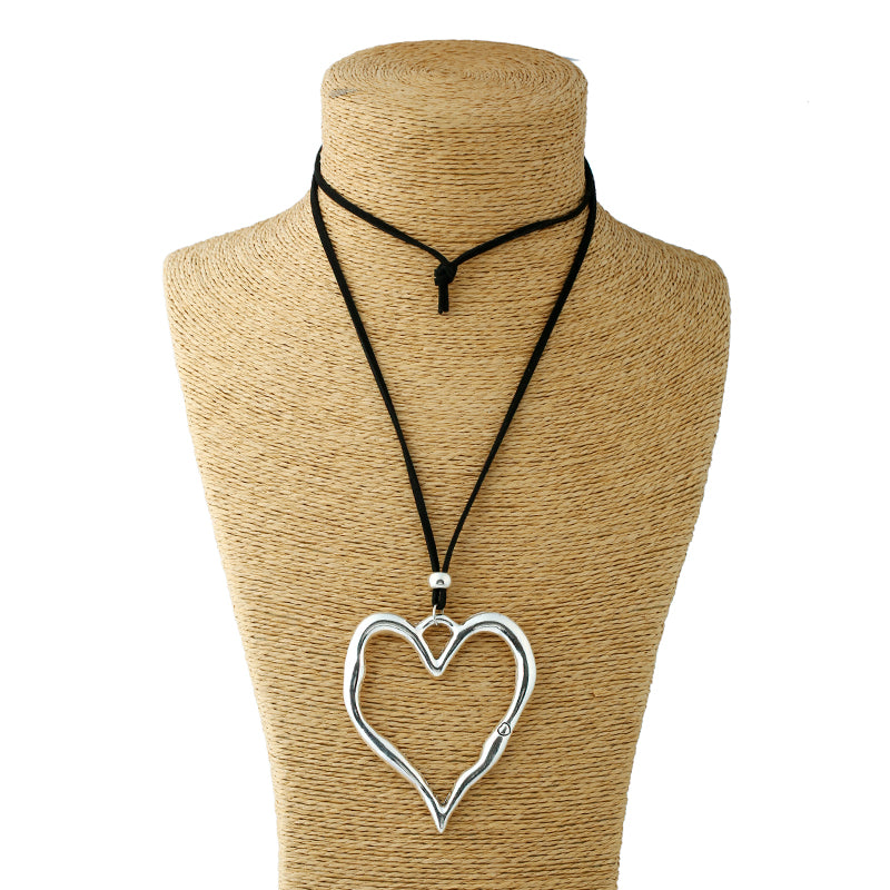 Silver Alloy Heart Pendant Suede Leather Necklace