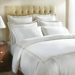 Curadora Gold-Embroidered Luxury Duvet Cover