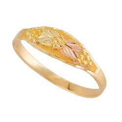 Gold Baby Leaf Ring (G49)