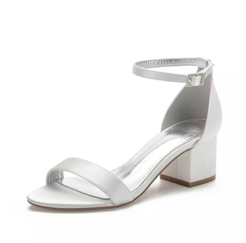DREAM PAIRS Chunk Low Heel Sandals (4331384176724)