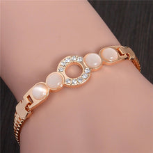 Load image into Gallery viewer, MADARI FASHIONS - Rose Gold Plated Circle of Love Bracelet