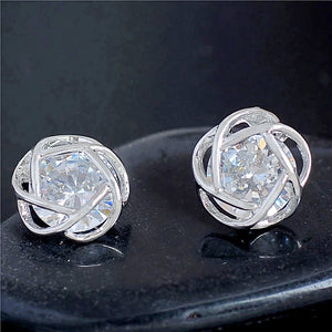 MADARI FASHIONS - Flower Stud Earring