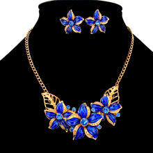 Load image into Gallery viewer, MADARI FASHIONS - Cloisonné Hawaiian Plumeria Flower Set