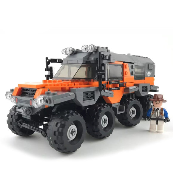 Off-Road 8x8 Super Truck