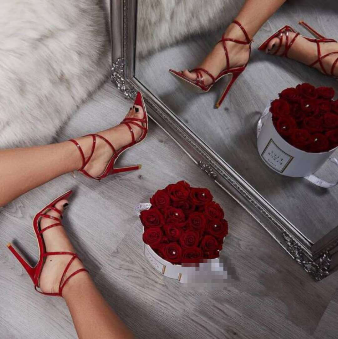 Summer Pointed Toe Cross Stilettos_allurelane