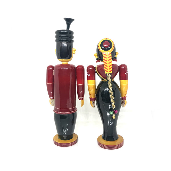 Traditional Indian Marriage Couple - Etikoppaka Toys