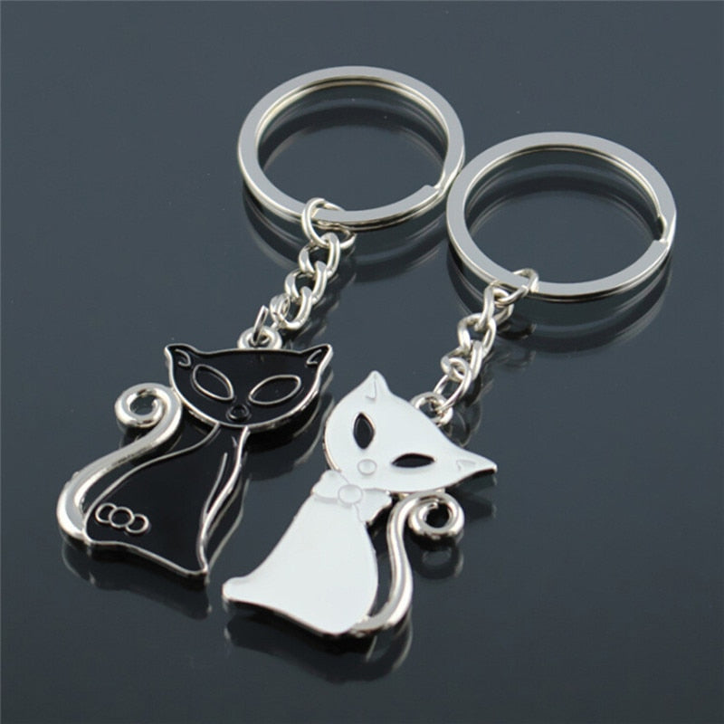 Couple Cat Lovers Alloy Key Chain - 2 Dogs & A Cat