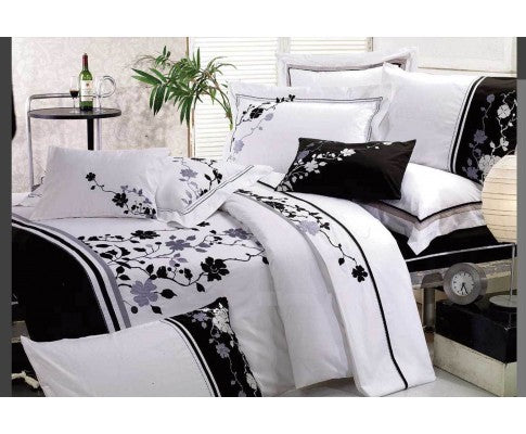 Embroidery Tree and Leaf Pattern White Quilt Cover Set (3PCS)