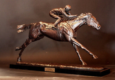 Frankel, Tom Queally up sculpture
