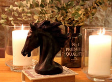 Load image into Gallery viewer, Horse Head Candle