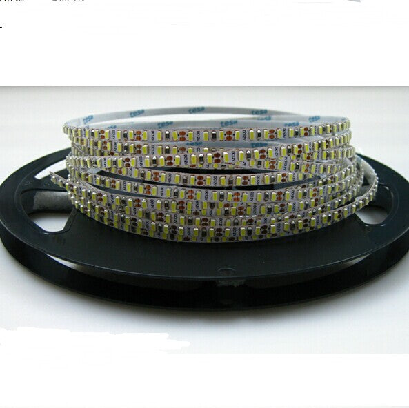 5mm Wide White Background Super Slim DC 12V Dimmable Flexible LED Strips SMD3014-600 120 LEDs/Mtr