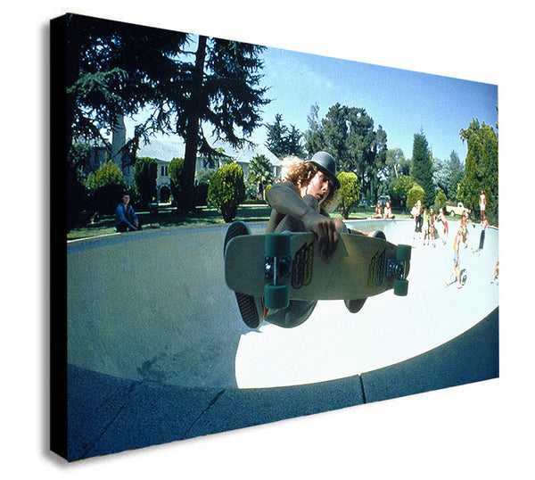 Dani Alva - Dogtown and Z Boys Skateboarding in Colour - Canvas Wall Art Framed Print - Various Sizes