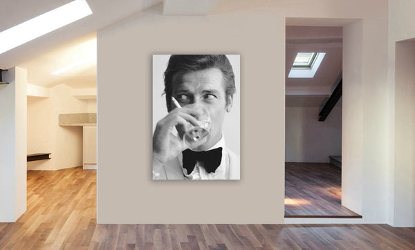 Roger Moore - James Bond - Canvas Wall Art Framed Print - Various Sizes