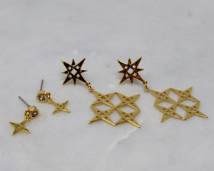 LINDI KINGI  //  Star Stud Earrings GOLD