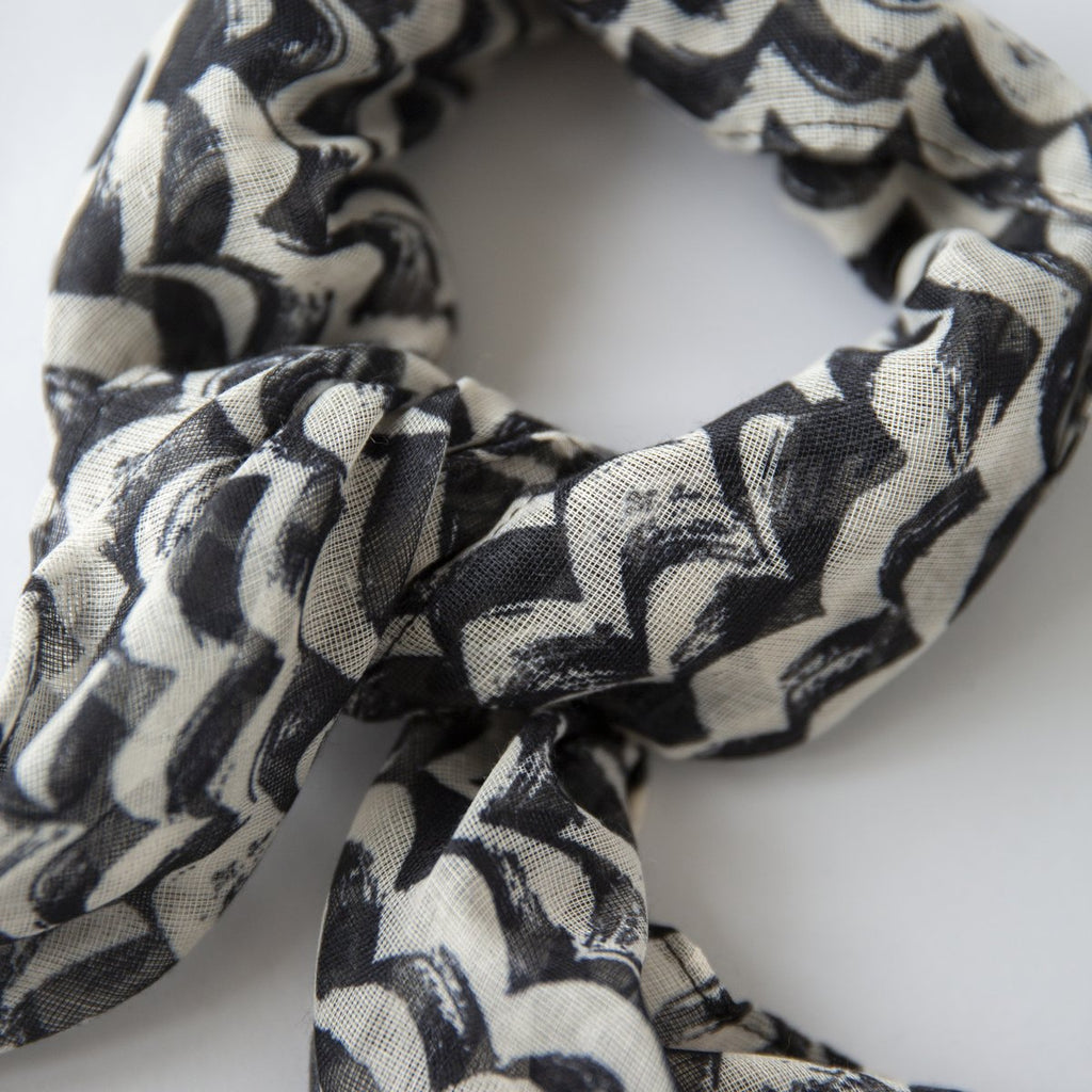 S O P H I E  //  Mini Scarf WAVES