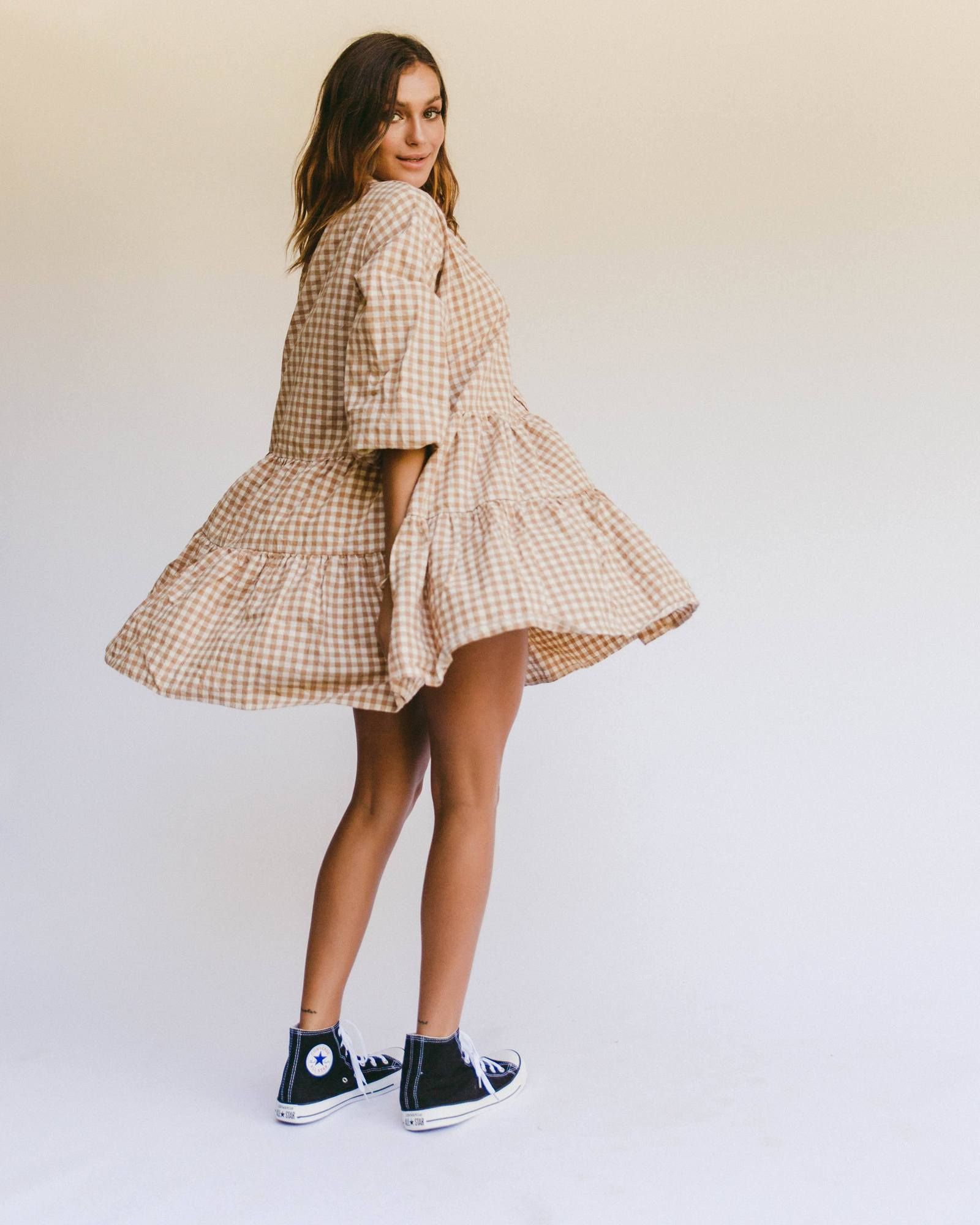 LULLABY CLUB   //  Avalon Smock Dress CARAMEL GINGHAM