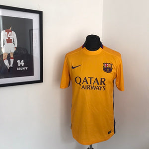 FC Barcelona 2015-16 Away football shirt