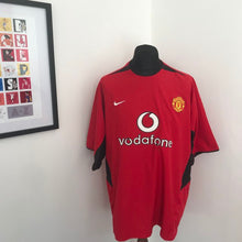 Load image into Gallery viewer, Manchester United 2002-2004 Home Shirt