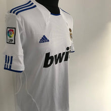 Load image into Gallery viewer, Real Madrid 2010-2011 Home Shirt