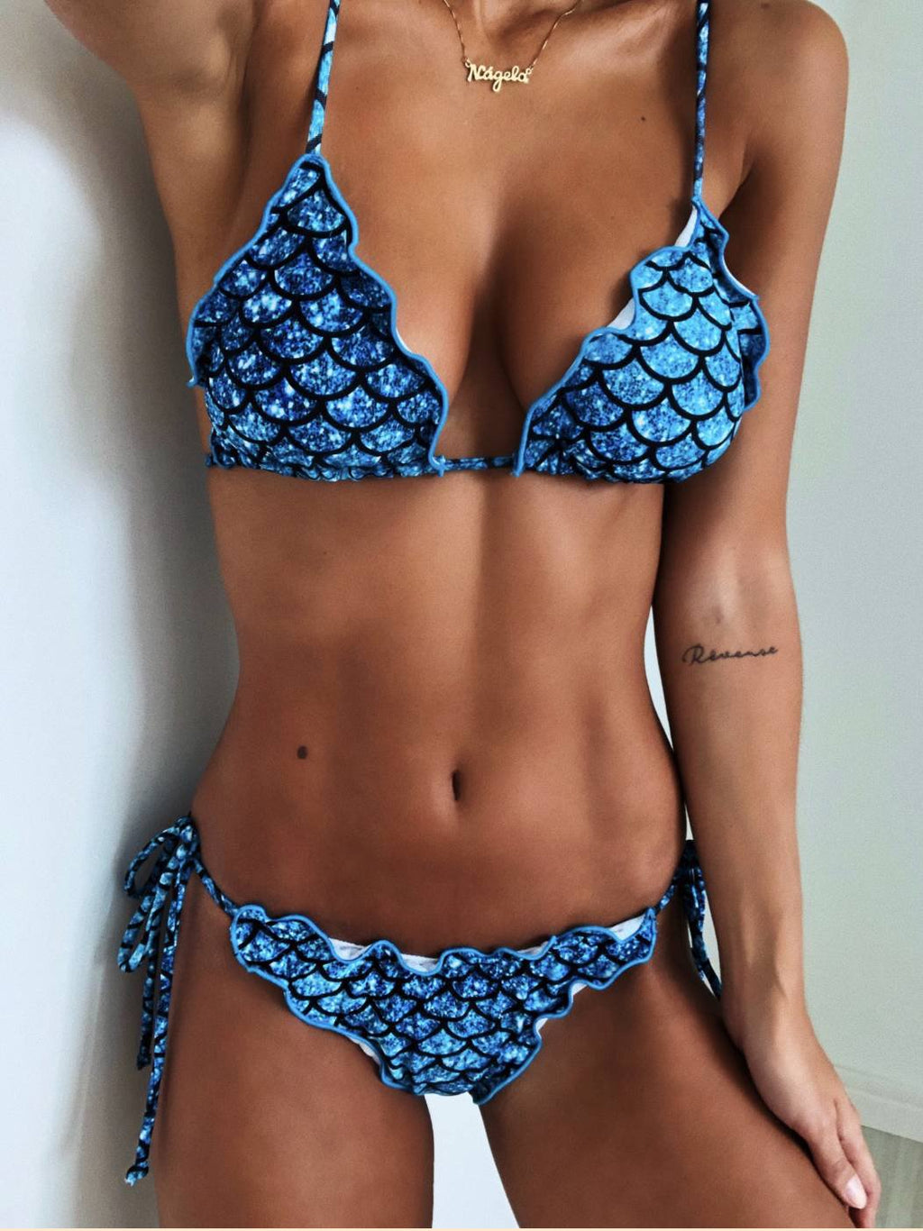 Strappy Fish Scale Printed Low Waist Bikini Set