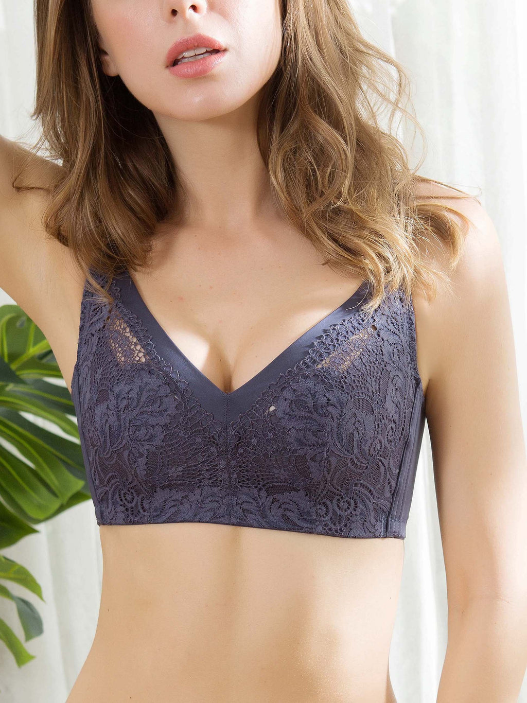 Deep V Ultra Thin Crystal Cup Lace Bra-Plus Size Bras-Fechicin.com