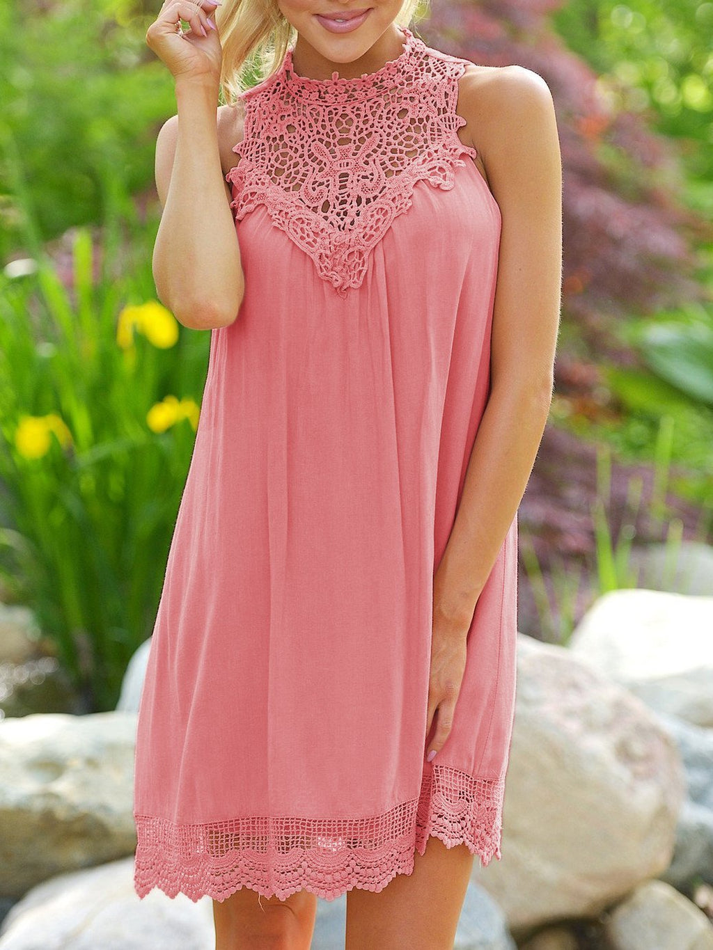 Lace Sleeveless Solid Color Dress