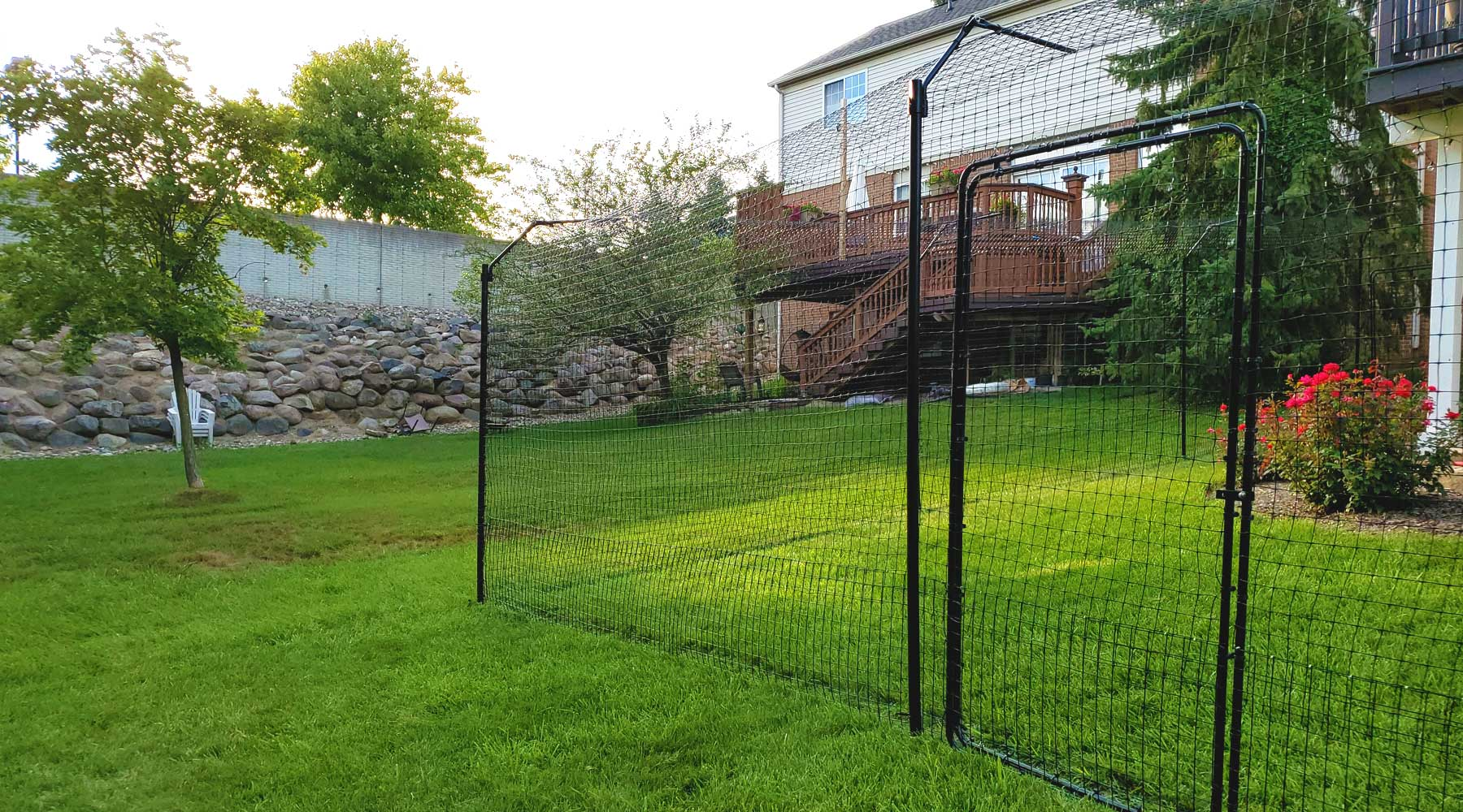 fencing to keep cats in