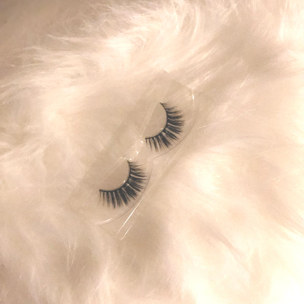 Glamour Glow - Luxury Lashes