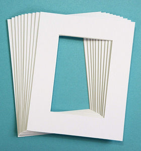 Pack of 25 White Picture Mats Matting with White Core Bevel Cut