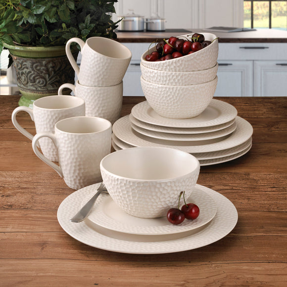 Gourmet Basics by Mikasa Hayes 16pc Dinnerware Set