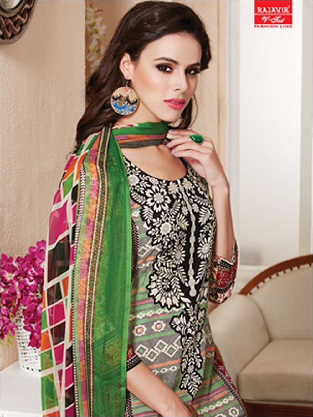 Black and Multicolour Daily Wear Printed Pure Cotton Straight Suit