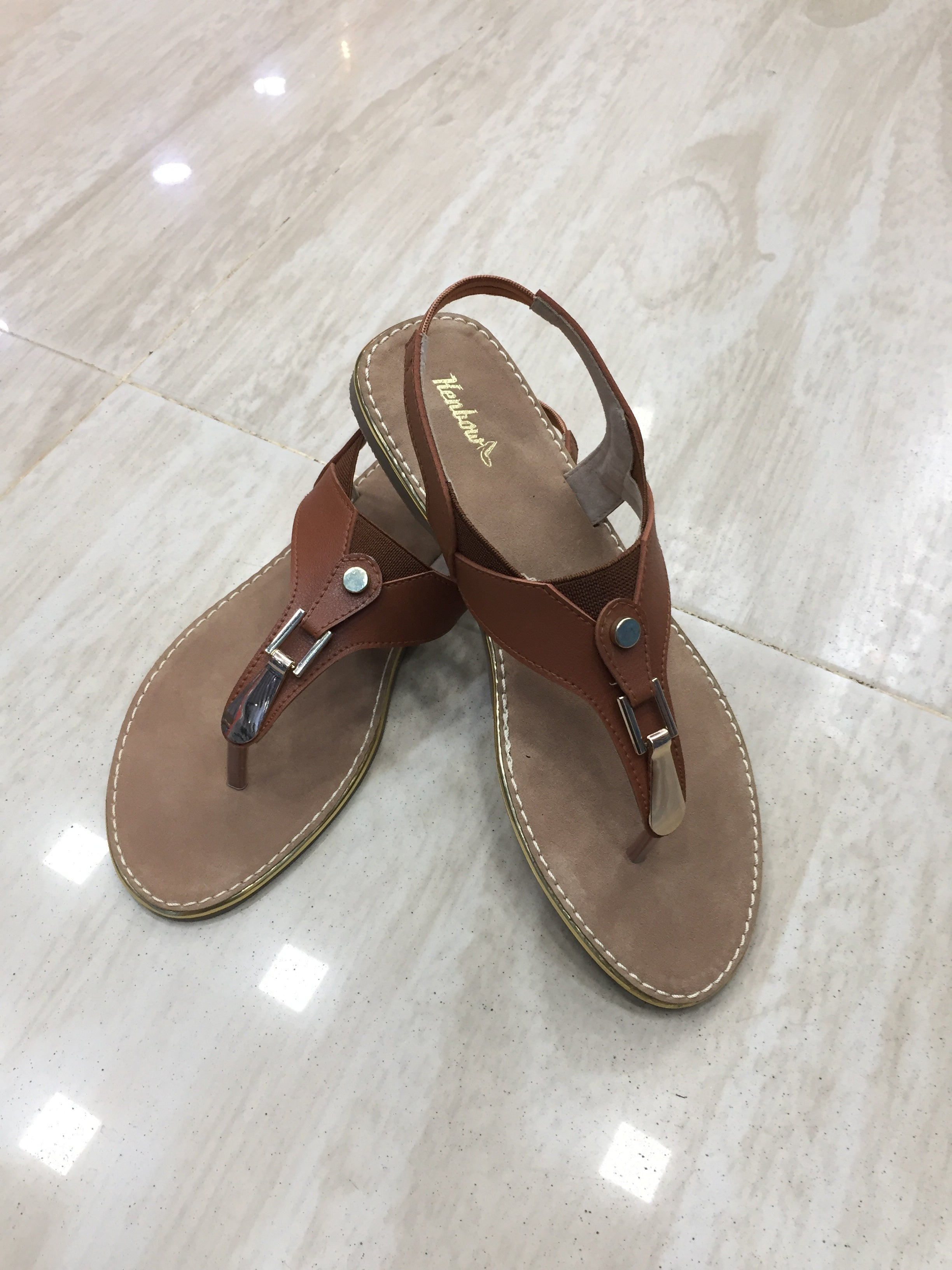 Women's Leather Chappals