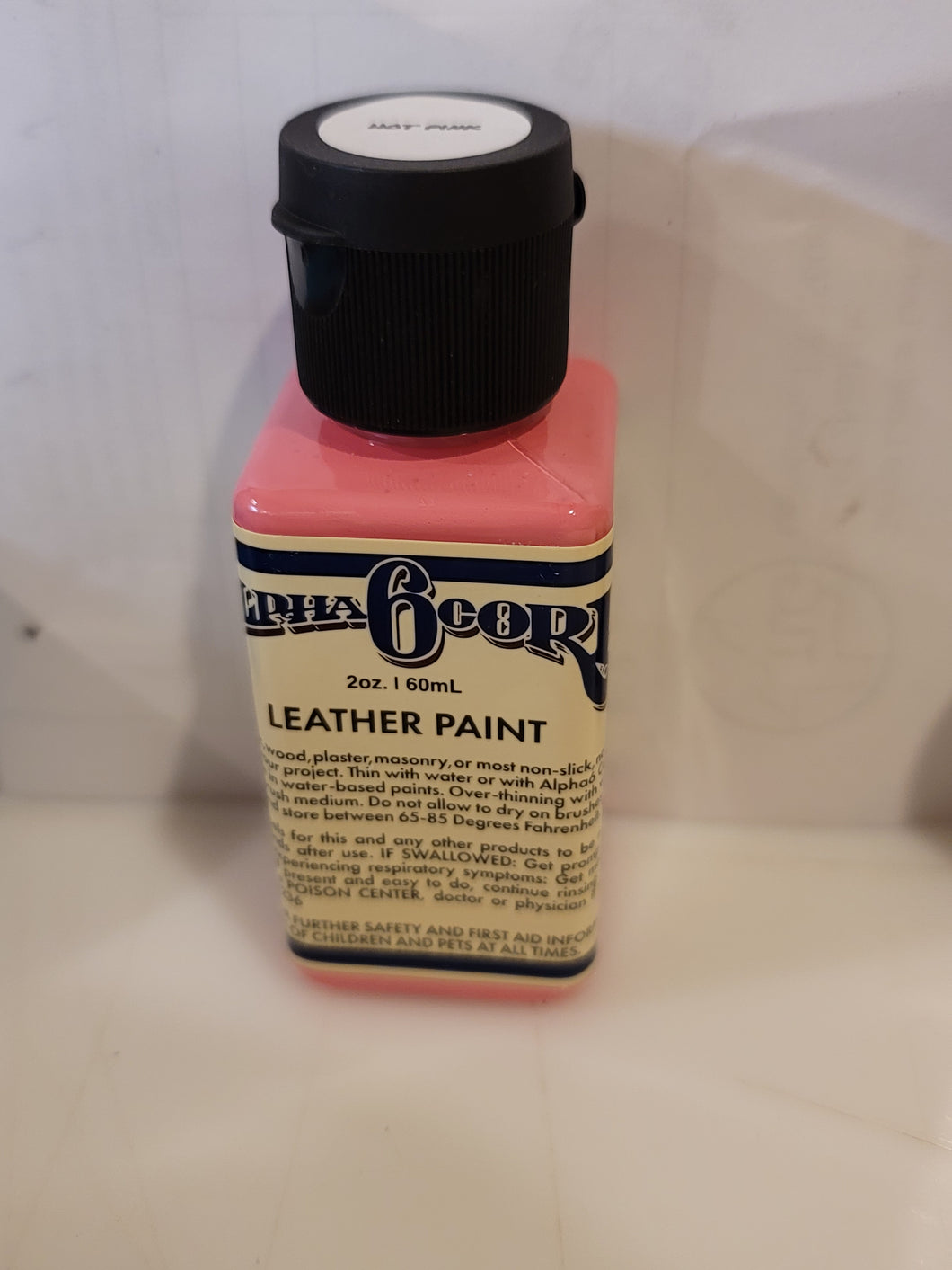 Alpha 6 Leather Paint –Hot Pink– 2.5 oz