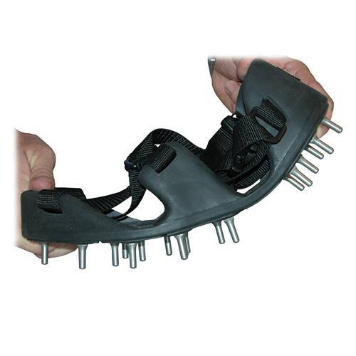 Midwest Rake S550 Professional - Korkers TuffTrax Spiked Shoes - Rounded Tip Seymour Midwest