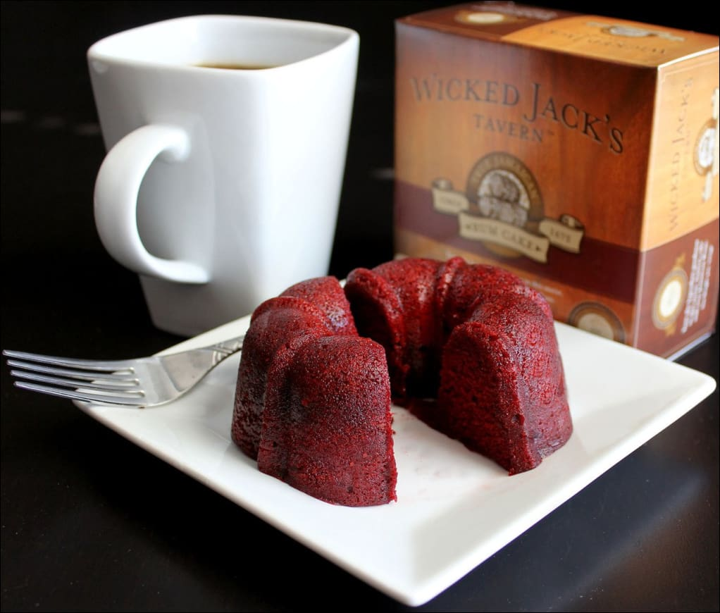 Wicked Jacks Tavern Red Velvet Rum Cake 4oz - Rum Cake 339 Coffee Roasters