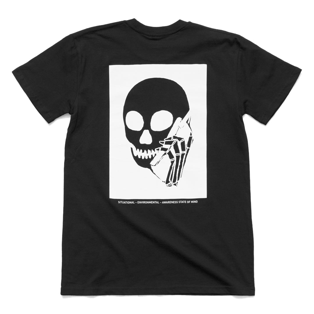 New! SKULLPHONE Center tee - black