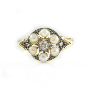 *NEW* Pearls and Diamonds Ring