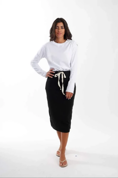 SUPREME MIDI SKIRT (Black)